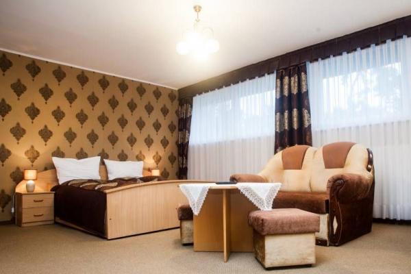 Hotel leśny 16