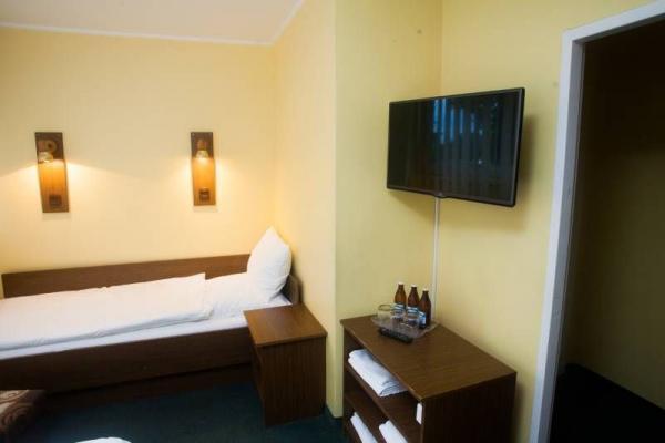 Hotel leśny 14